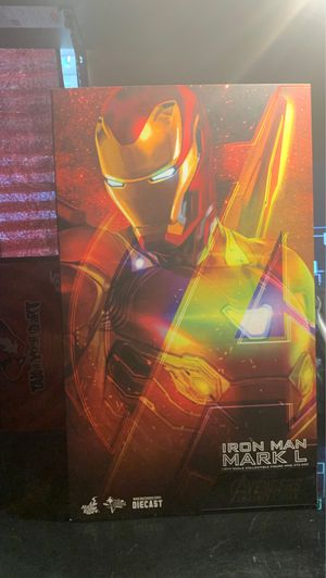 iron man hot toys figure for Sale in Anaheim, CA