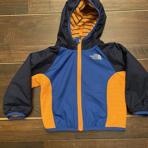 The North Face Jacket Boys Size 6 -12 Months for Sale in Spring Valley, CA