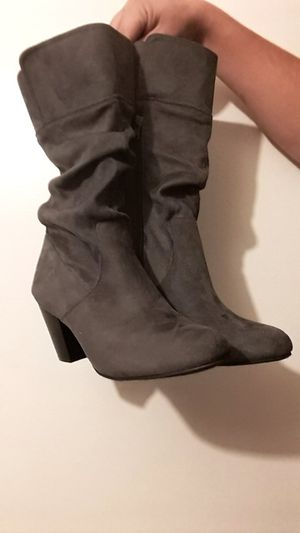 Sears boots. Sz 9 for Sale in Los Angeles, CA