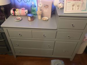 Baby changing table and changing mattress for Sale in El Cerrito, CA