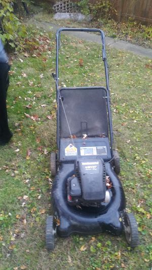 Lawn mower {contact info removed} for Sale in Detroit, MI
