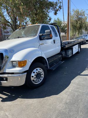 2014 ford f650 flatbed for Sale in Los Angeles, CA