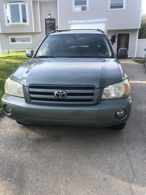 2005 Toyota Highlander limited V6 Awd for Sale in Ronkonkoma, NY