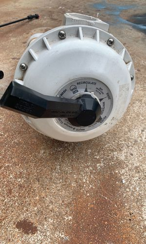 Pentair pool valve for sand filters. for Sale in San Antonio, TX