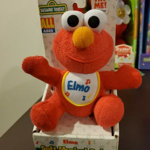 Elmo Plush Toy for Sale in Dublin, OH