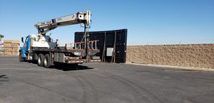 2006 International Flatbed 26 ft bed with piggyback forklift. Low miles , Low Hours Tandem Axles. for Sale in Las Vegas, NV