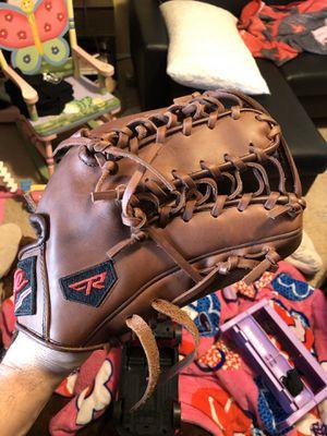Baseball softball glove for Sale in Las Vegas, NV