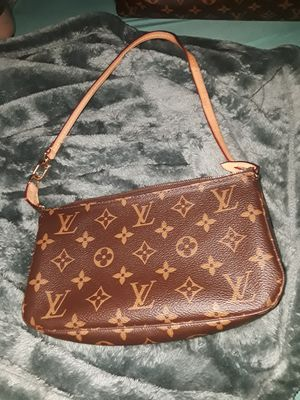 "Louis Vuitton ""Pochette Accessoires"" Never Used for Sale in Hartford, CT"