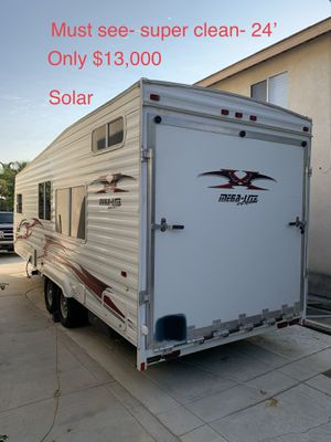 Weekend Warrior- Mega Light - extreme - Toy Hauler for Sale in Corona, CA