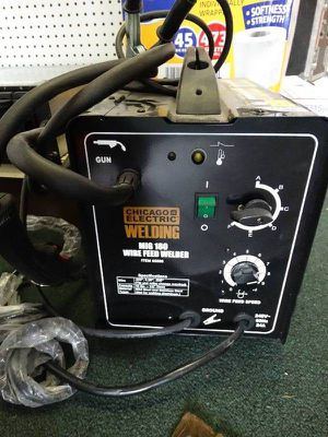 Chícago electric welder 180mig , 240v for Sale in Sacramento, CA