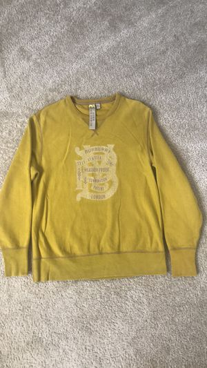 Burberry size large for Sale in Hyattsville, MD
