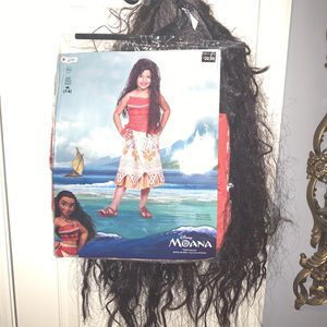 Moana costume with wig size 7-8 for Sale in Green Cove Springs, FL