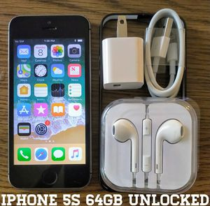 Iphone 5S (64GB) GSM-UNLOCKED + Accessories for Sale in Lincolnia, VA