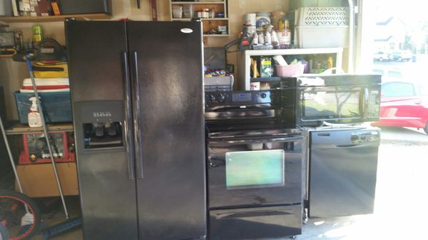 Suite of 4 Whirlpool appliances