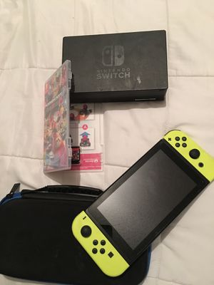 Nintendo switch game and controllers for Sale in Irving, TX