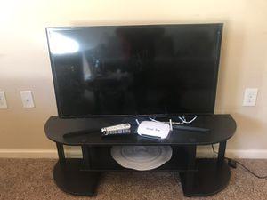 Samsung 40 inch smart tv for Sale in Murfreesboro, TN