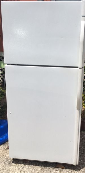 Refrigerator for Sale in Haines City, FL