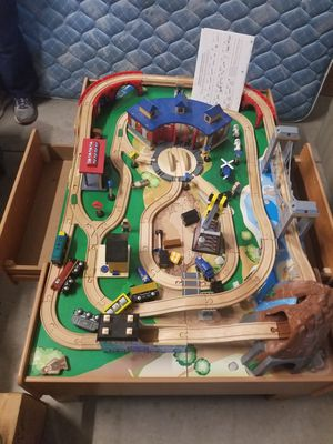 Like new train table with wooden tracks 32x49 for Sale in PA, US
