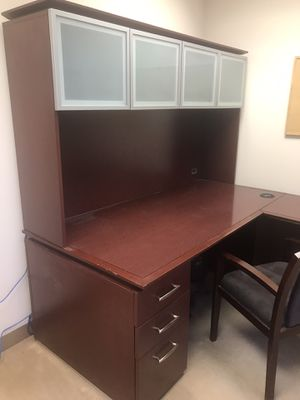 Office L shaped desk with hutch for Sale in Tustin, CA