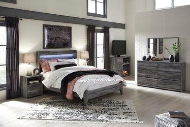 NEW IN THE BOX.BEDROOM SET: QUEEN BED +DRESSER+NIGHTSTAND SKU#TCB221-SET for Sale in Westminster,  CA