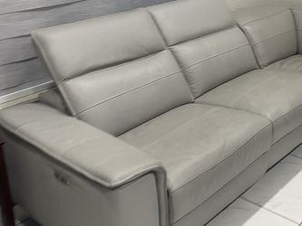 Modern Gray Couch With Electric Recliner for Sale in Hialeah,  FL