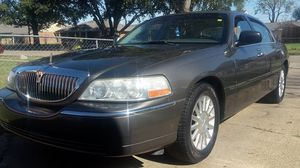 2003 Lincoln town car for Sale in Cleveland, MS