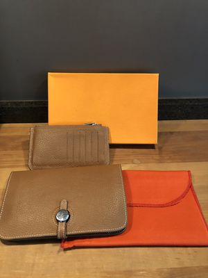 Wallet with coin purse for Sale in Chicago, IL