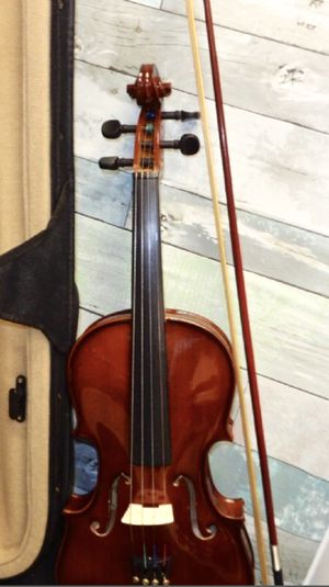Palatino Campus Hand-Carved Violin Outfit w/ Case for Sale in Orlando, FL
