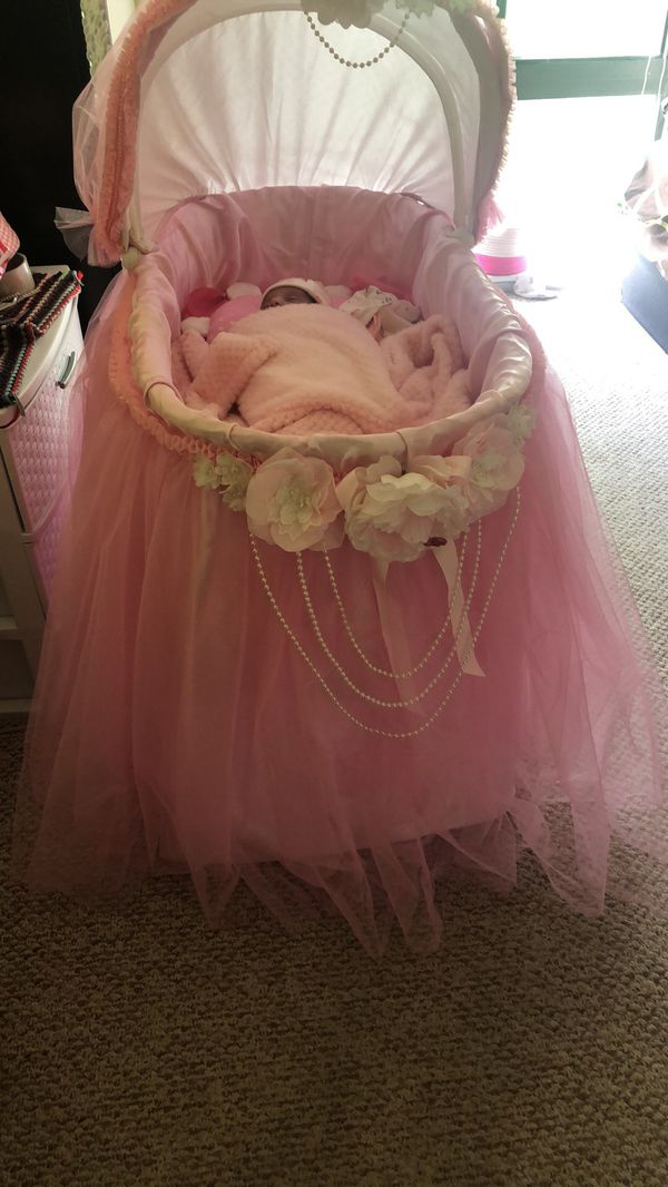 Nice Bed Cover For Baby Showers
