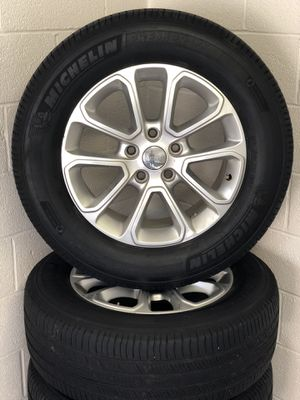 2016 Jeep Grand Cherokee Wheels for Sale in Moon, PA