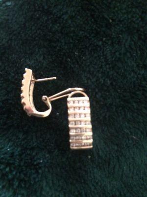 14k diamond earrings for Sale in Pinole, CA