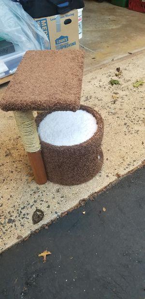 Cat tree/cat bed for Sale in Warrenton, VA