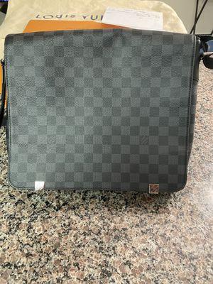 Authentic Louis Vuitton MM for Sale in Alexandria, VA