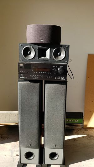 Onkyo amp, Yamaha speakers, klipsch speakers. for Sale in Chandler, AZ