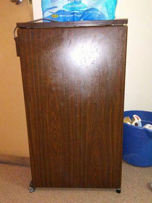 Kenmore Mini-Fridge for Sale in Pittsburgh, PA