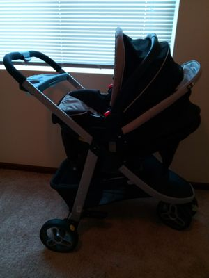 Graco Snugride Click Connect Travel System for Sale in Urbandale, IA