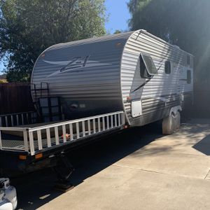 Travel trailer - 2014 Crossroads Z1 for Sale in Lakeside, CA