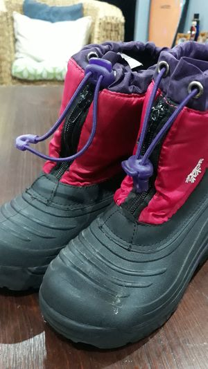 SNOW BOOTS FOR GIRLS SIZE:13 for Sale in Chula Vista, CA
