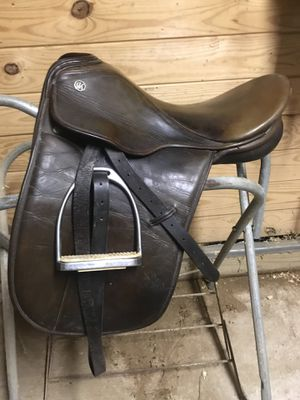 Kieffer Dressage Saddle for Sale in Berlin, MD