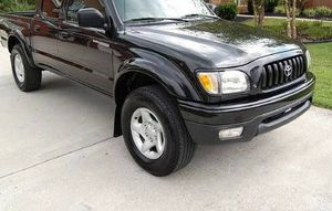 01 Truck For sale clean title v6 for Sale in Montgomery, AL