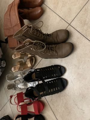 Womens boots for Sale in Tolleson, AZ