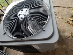 Condenser legacy nuevo for Sale in Duncanville, TX