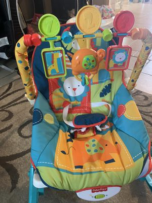 2 Baby Rockers and play Mat, 10 each for Sale in Fresno, CA