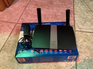 LINKSYS AC1200 DUAL BAND SMART Wi-Fi ROUTER for Sale in Smyrna, GA