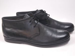 JOHN VARVATOS Men's Boots Black Leather Chukka US Size 8M Msrp $228 for Sale in Hayward, CA