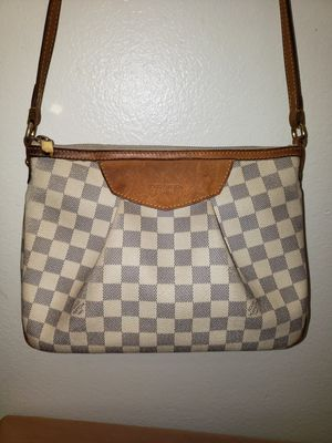 Louis Vuitton for Sale in Grand Terrace, CA