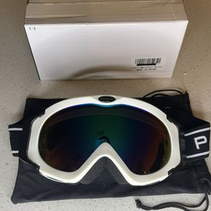Ski Goggles for Women Men, Over Glasses Snowmobile and Snowboard Polarized Eyewear, 100% UV Protection for Sale in Orlando, FL