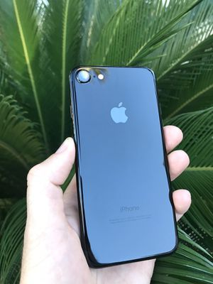 iPhone 7 256gb, unlocked for Sale in Antelope, CA