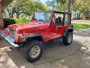 RUSTY JEEP WRANGLER 1997 TJ 4 CYL for Sale in TWN N CNTRY, FL