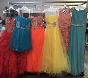 NIGHT GOWNS, PROM DRESSES & BRIDESMAID DRESSES SAMPLE SALE for Sale in Los Angeles, CA
